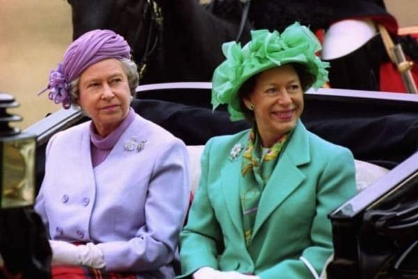 Βασίλισσα Ελισάβετ: Αυτός είναι ο λόγος που σταμάτησε να μιλάει με την αδερφής της πριγκίπισσα Μαργαρίτα!
