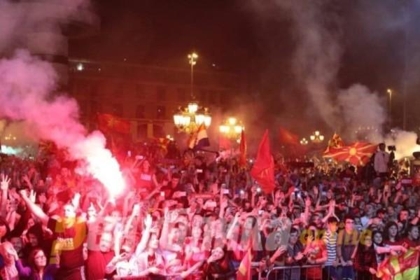 Βόρεια Μακεδονία: Υποδοχή ομάδας μετατράπηκε σε εθνικιστική φιέστα!