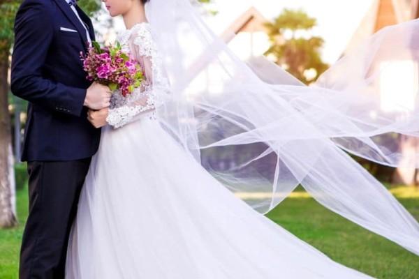 Ένας λαμπερός γάμος...κανείς δεν περίμενε τι παιχνίδια παίζει η μοίρα!