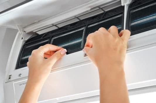 Με αυτόν τρόπο θα καθαρίσεις το κλιματιστικό σου!
