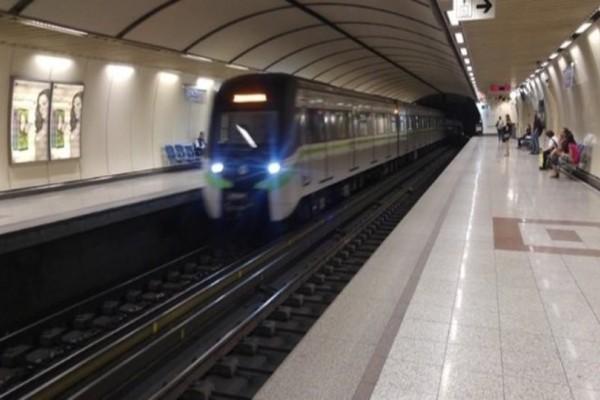 Ύποπτη βαλίτσα στο σταθμό του μετρό Ακρόπολη