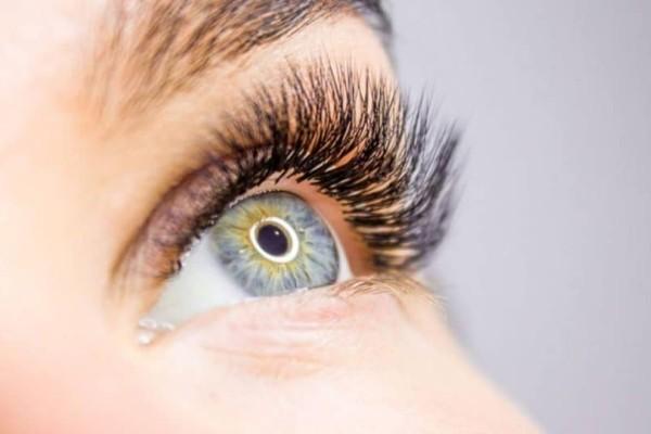 Καρκίνος στο μάτι: Πως θα το καταλάβετε; Ανατριχιαστικές φωτογραφίες!