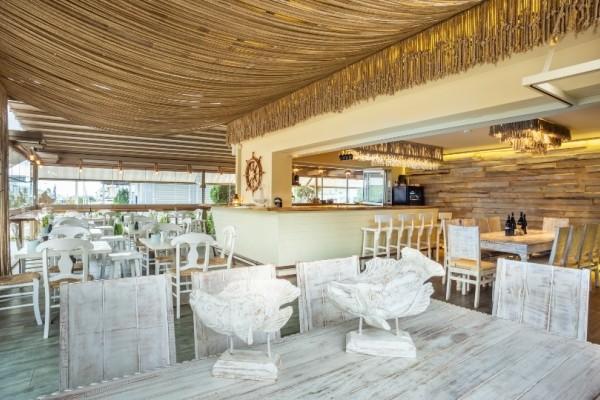 Sea bar: Ένας ωκεανός γεύσεων στην καρδιά της Ηλιούπολης!