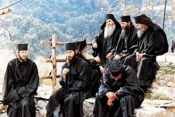 Άγιον Όρος: Τελευταία προειδοποίηση από τους πατέρες – ''Αυτά θα συμβούν, προετοιμαστείτε!''