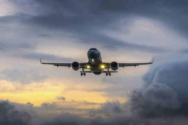 Λαθρεπιβάτης έπεσε από αεροπλάνο να γλιτώσει και έπεσε νεκρός σε κήπο!