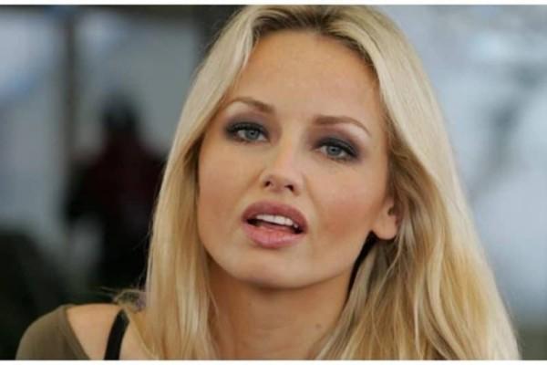 Αγνώριστη στα 47 της η Adriana Sklenarikova: Αρνείται τις πλαστικές και αποτελεί παράδειγμα!