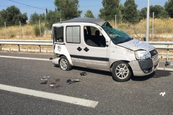 Τροχαίο δυστύχημα στην Αττική οδό με μια νεκρή και τρείς τραυματίες!