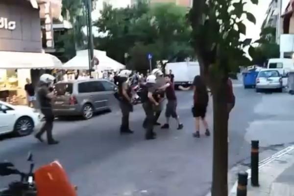 Απρόκλητη βία των ΜΑΤ χθες - Καταγγελίες πολιτών και τουριστών!