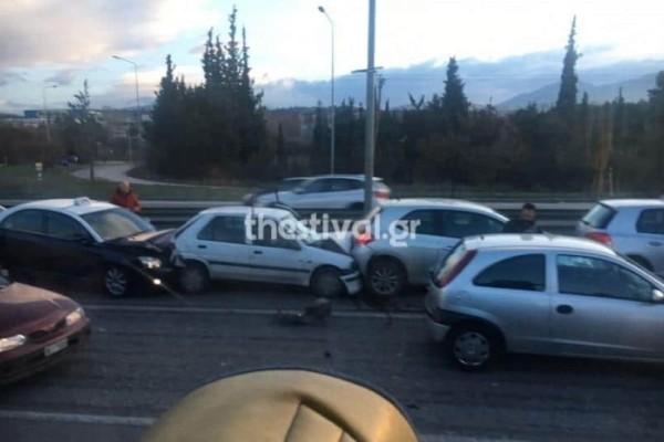 Καραμπόλα στη Εθνική Οδό Θεσσαλονίκης - Ν. Μουδανιών!