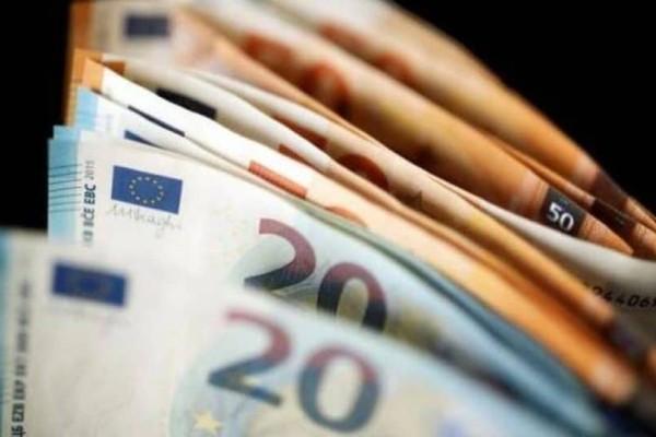 Επίδομα ανάσα 720 ευρώ: Ποιοι το δικαιούνται;