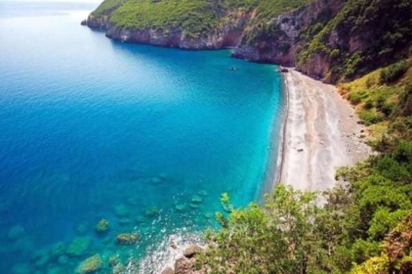 Διακοπές δίπλα στην Αττική... μόνο με 15 ευρώ; Κι όμως γίνεται!