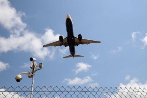 Τραγικός θάνατος φοιτήτριας: Έπεσε από το αεροπλάνο!