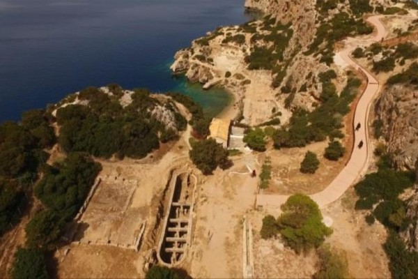 Ηραίο: Η μυστική παραλία που απέχει μόλις μια ώρα από την Αθήνα!