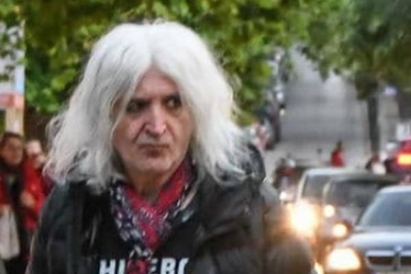 Νίκος Καρβέλας: Πλακώθηκε άσχημα με την πρώην του! Πέταξε τα ψώνια στους...