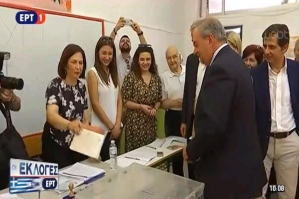 Ψήφισε ο Κώστας Καραμανλής  στην Θεσσαλονίκη!