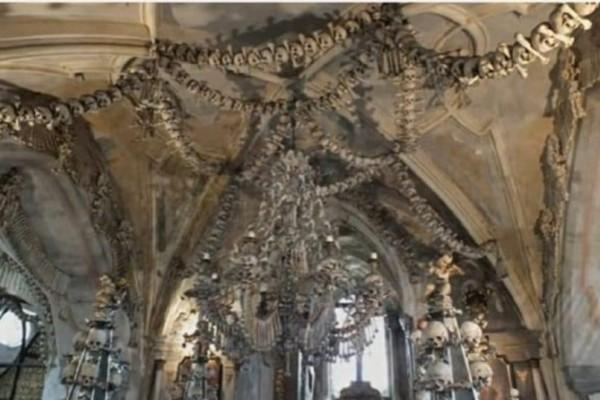 Συγκλονιστικό: Το μοναστήρι των κρανίων (Video)