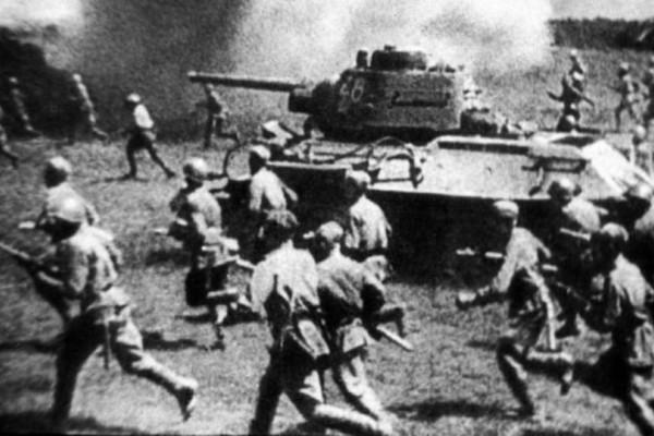 Σαν σήμερα η Μάχη του Κουρσκ - η μεγαλύτερη μάχη που έγινε με τανκς!