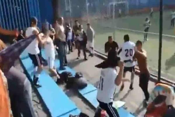 Πολιτισμός: Γονείς πλακώνονται σε εξέδρες...παιδικού πρωταθλήματος! (Video)