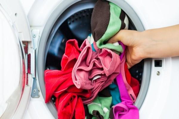 Πώς να βάζεις πλυντήριο σωστά; Τι πρέπει να κάνεις ακριβώς;
