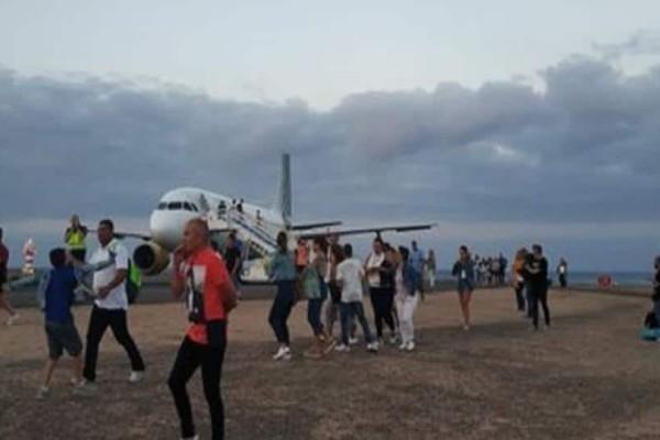 Πανικός σε πτήση μετά από προειδοποίηση για βόμβα! (Video)