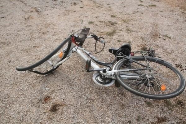 Θεσσαλονίκη: 10χρονος ποδηλάτης παρασύρθηκε από αυτοκίνητο!