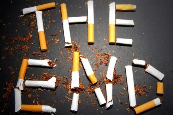 Είναι επίσημο: Τέλος το κάπνισμα σε όλους τους δημόσιους χώρους!