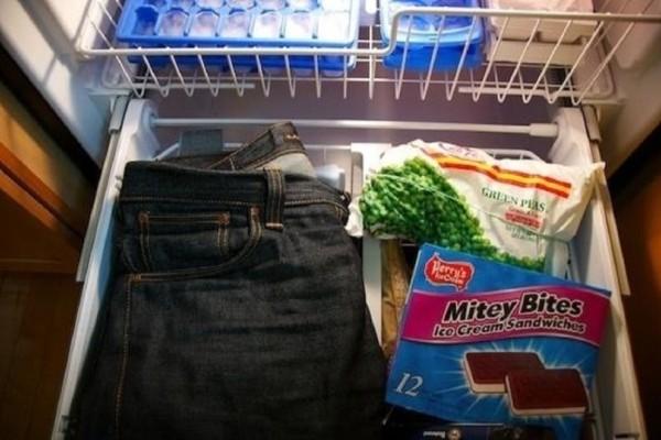 Βάλτε το τζιν παντελόνι σας στην κατάψυξη πριν πέσετε για ύπνο και δεν θα χάσετε! Φαίνεται παράξενο αλλά…!