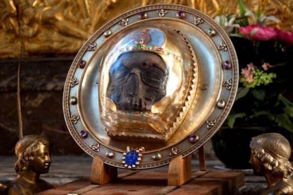Απίστευτο: Πού βρίσκεται σήμερα η κεφαλή του Αγίου Ιωάννη του Προδρόμου;
