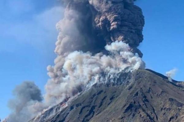 Εντυπωσιακό βίντεο: Ηφαίστειο στην Ιταλία εξερράγη!