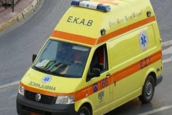 Αίγιο: Οδηγός αυτοκινήτου παρέσυρε δύο γυναίκες! (photo)