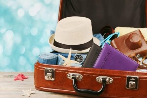 Τι πρέπει να έχουμε πάντα μέσα στην βαλίτσα των διακοπών;