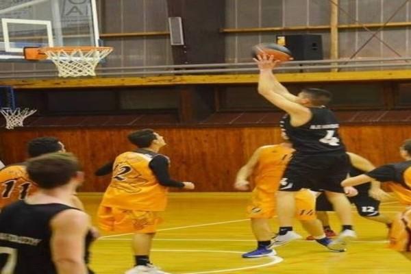 Θρήνος στη Σάμο: Αυτός είναι ο 19χρονος που πέθανε ενώ έπαιζε μπάσκετ! (photos)