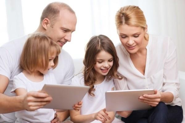 Πώς η τεχνολογία επηρεάζει την σχέση των γονιών με τα παιδιά;