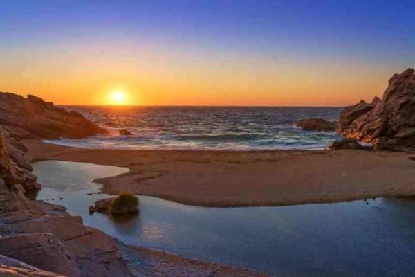Ονειρικό: Αυτό είναι το πιο φθηνό νησί του Αιγαίου για διακοπές!