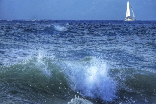 Σοκ στην Κάρπαθο: Επτά τραυματίες σε τουριστικό πλοίο!