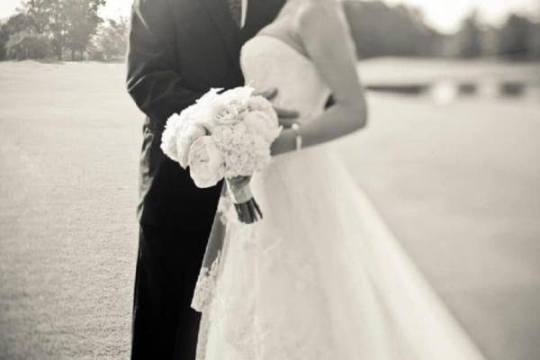 Σε έξαλλη κατάσταση! Νύφη ακυρώνει τον γάμο γιατί οι καλεσμένοι δεν πλήρωσαν 1.300 ευρώ!
