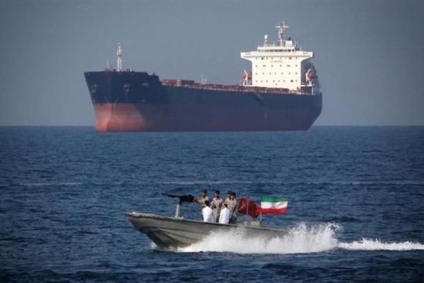 Συναγερμός στο Περσικό Κόλπο -  Το Ιράν κατέσχεσε δεξαμενόπλοιο!
