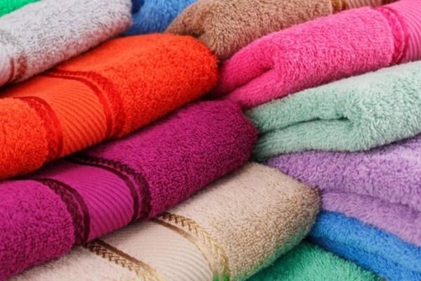 Πώς μπορείτε να μαλακώσετε τις πετσέτες: Ετσι θα γίνουν όπως όταν τις αγοράσατε!