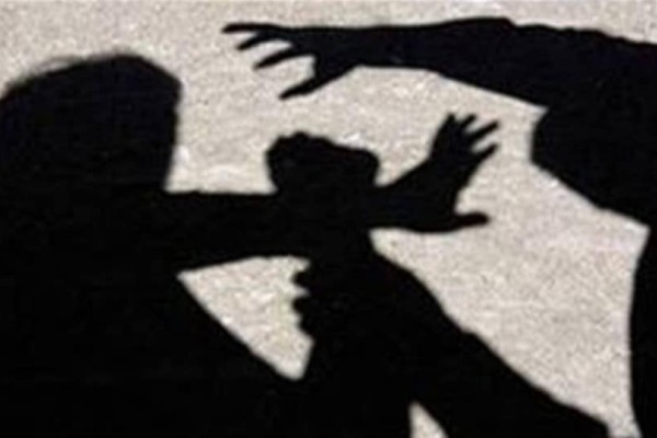 Άγριος καβγάς σε λεωφορείο: Δύο γυναίκες επιτέθηκαν σε ηλικιωμένη! (Video)