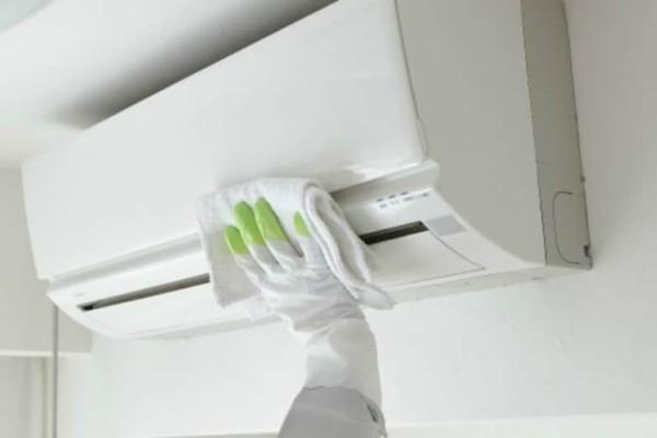 Αυτός είναι ο πιο υγιεινός και εύκολος τρόπος να καθαρίσετε το κλιματιστικό σας!
