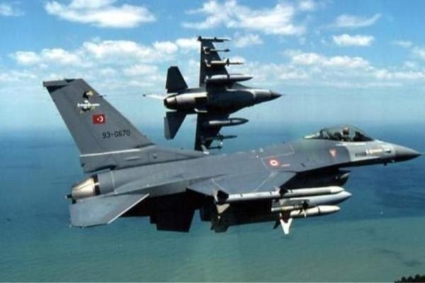 33 παραβιάσεις από τους Τούρκους στο Αιγαίο ανήμερα της Παναγίας!