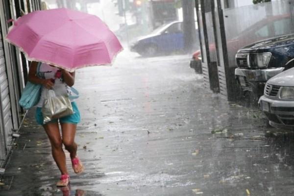 Καιρός: Έκτακτο δελτίο από την ΕΜΥ!  Δεκαπενταύγουστος με βροχές, καταιγίδες και χαλάζι!