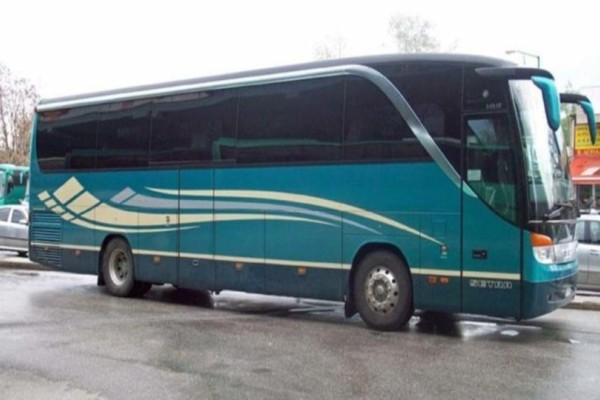 Λάρισα: Πανικός σε λεωφορείο! Ανάστατοι οι επιβάτες κατέβαιναν άρον-άρον