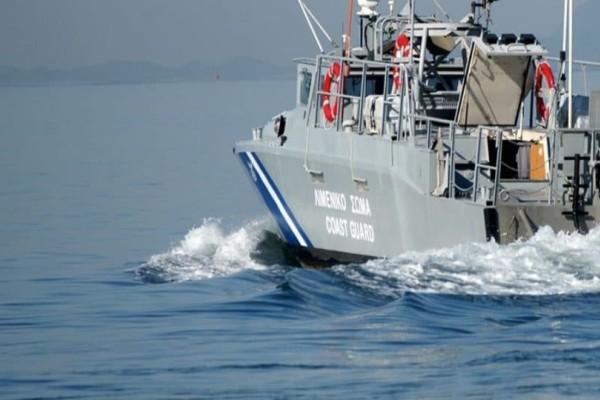Σκάφος με 35 μετανάστες εντοπίστηκε στην Κεφαλονιά!