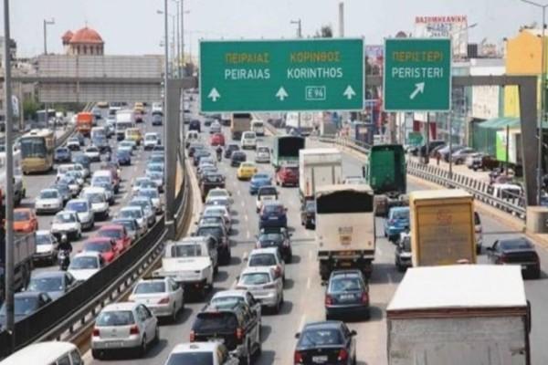 Κυκλοφοριακό κομφούζιο: Ποιοι δρόμοι της Αθήνας είναι μποτιλιαρισμένοι;