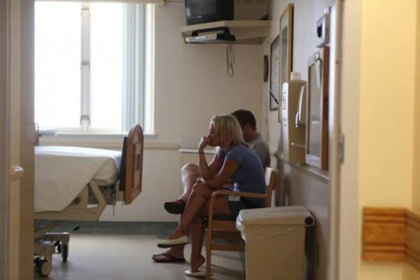 Αληθινή ιστορία: Γονείς θα συναντήσουν για πρώτη φορά το μωρό που υιοθέτησαν!