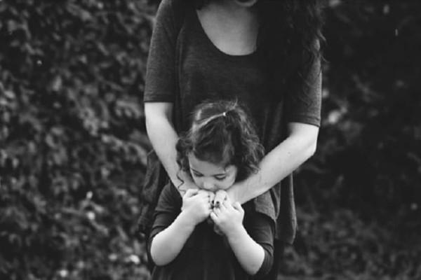 «Αυτή είναι η μαμά μου. Μέχρι που μια μέρα, ξαφνικά, άλλαξε»