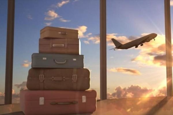 9+1 αντικείμενα που πρέπει να έχετε μαζί σας στο αεροπλάνο!