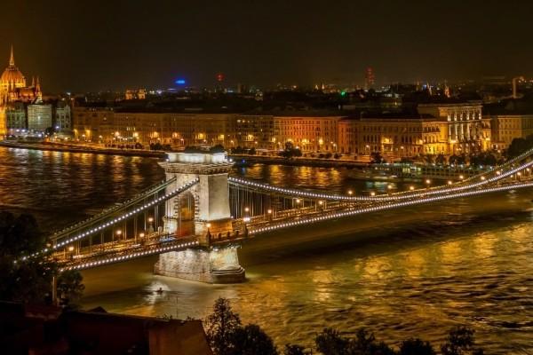 Νοέμβριος: 4+1 Ευρωπαϊκές πόλεις που θα μας ξετρελάνουν!