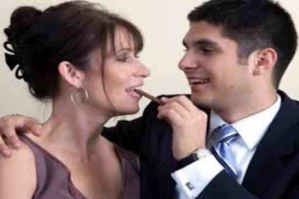 Αντιγόνη 45 ετών: Αληθινή εξομολόγηση: Απατάω τον σύζυγό μου με έναν μικρότερο άντρα, δεν θέλω να τον αφήσω τον έχω ερωτευτεί!